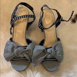 Block heel denim heels with bow